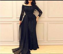 2017 schwarz Abendkleider mit Boot-ausschnitt Friesen Bodenlangen Langen Ärmeln Kleider