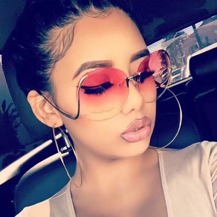 Fashion Vintage Round Rimless Clear Oversized Sunglasses Women Brand Designer Sun Glasses Metal Frame Retro Gradient Shades M501 in Women 39 s Sunglasses from Apparel Accessories