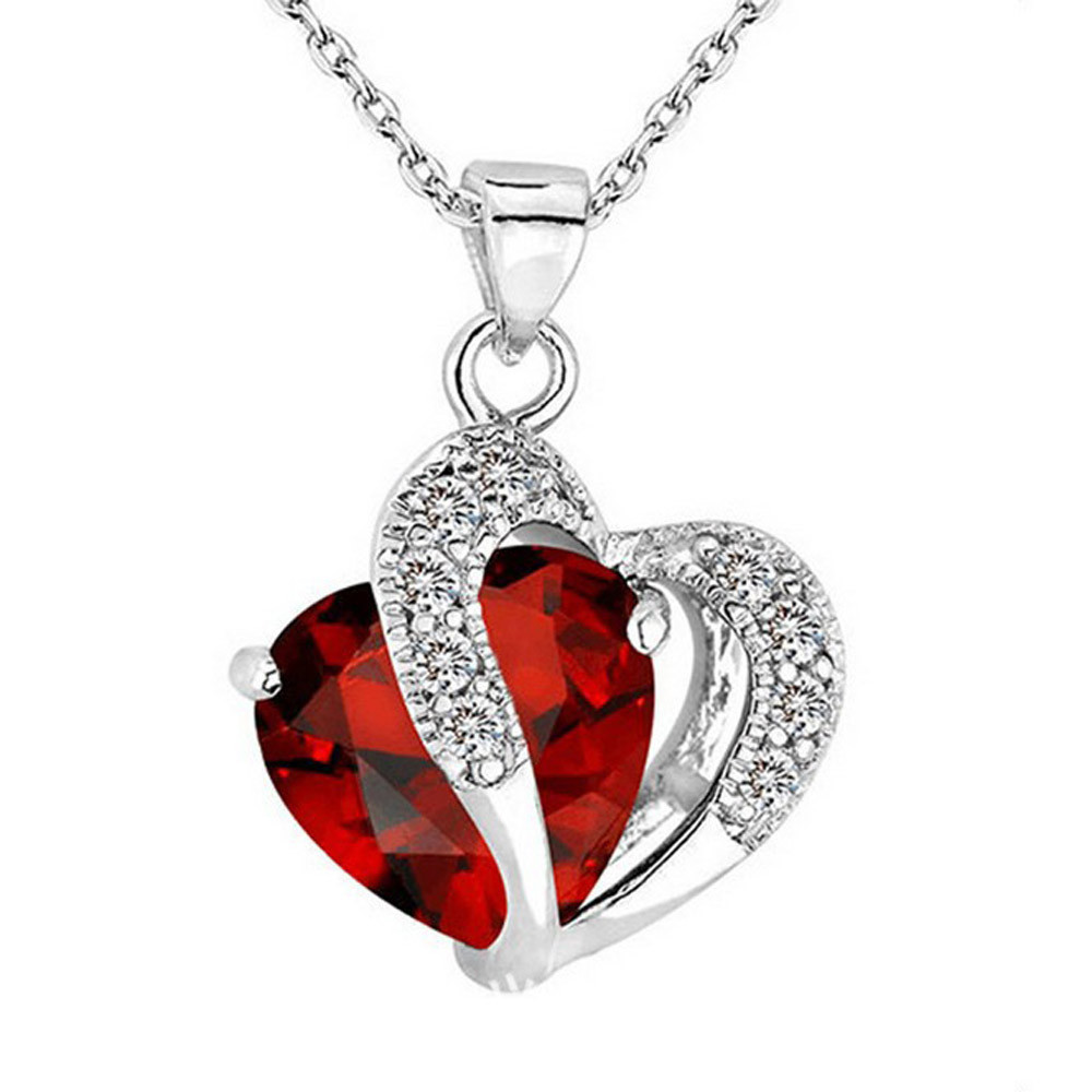 Necklace Women Simple Fashion Heart Crystal Rhinestone Silver Chain Pendant Necklace Heart-Shaped Zircon Necklace Clavicle Chain Sweater Chain Jewelry Gift for Women Girl