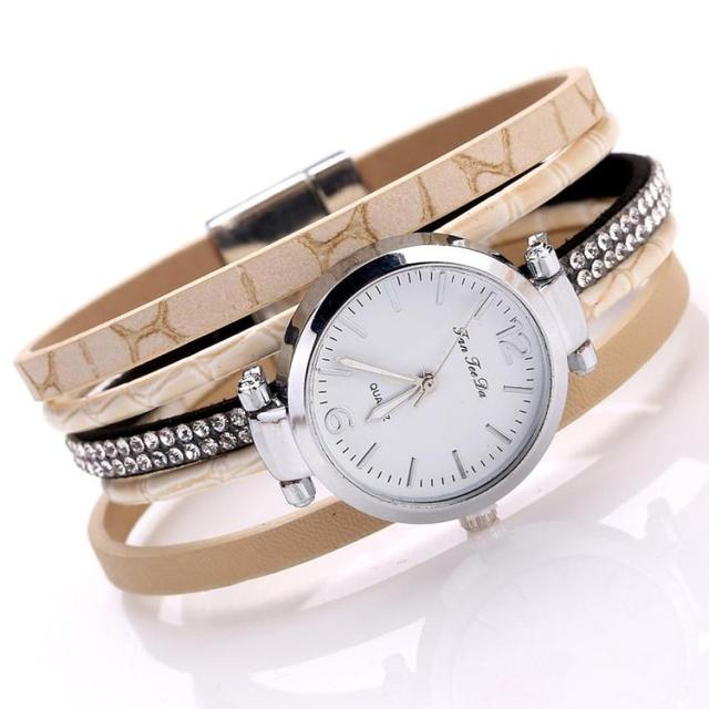 2018 hot sale Women Bracelet Watches elegant fashion student Women Fine Leather