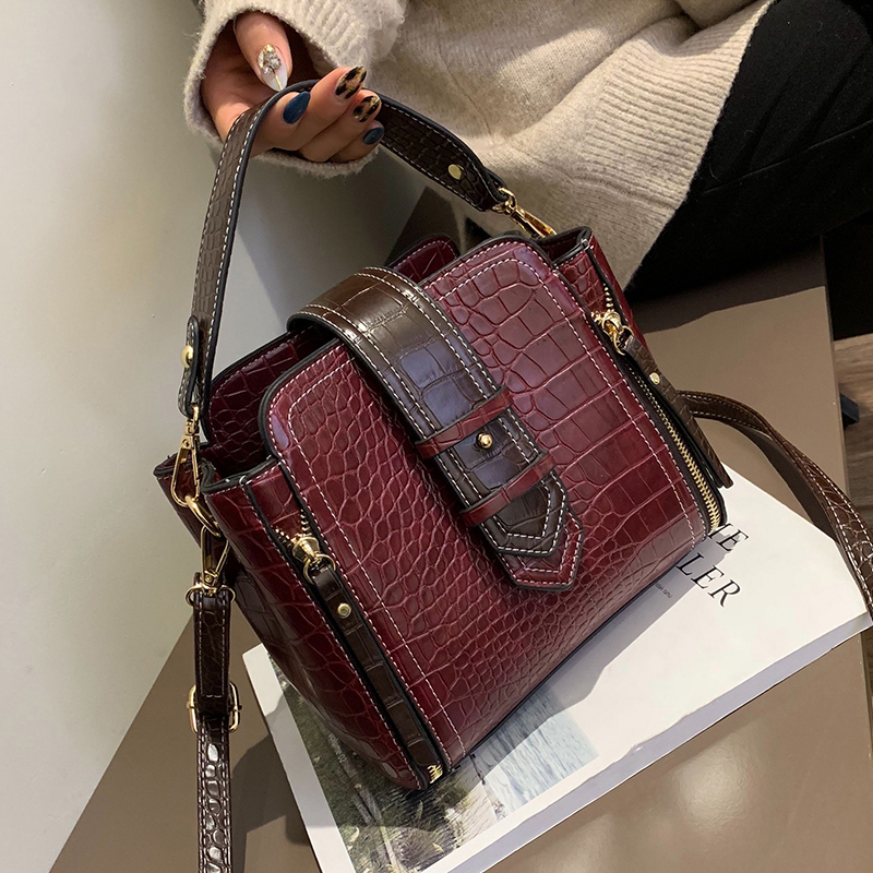 Image 3 - Crocodile Bucket Bag For Women 2019 Fashion Small Crossbody Bags Zippers Decoration PU Leather Shoulder Bag Handbags and Purses-in Shoulder Bags from Luggage & Bags
