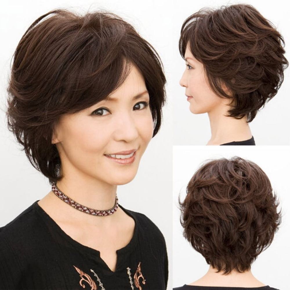 Short Haircuts For Young Moms