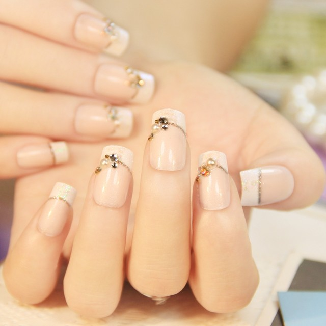 24 Pcs Senior Bride Wedding Fake Nails Normal Length French Manicure Patch Square Sculpt With Pearls Faux Ongle