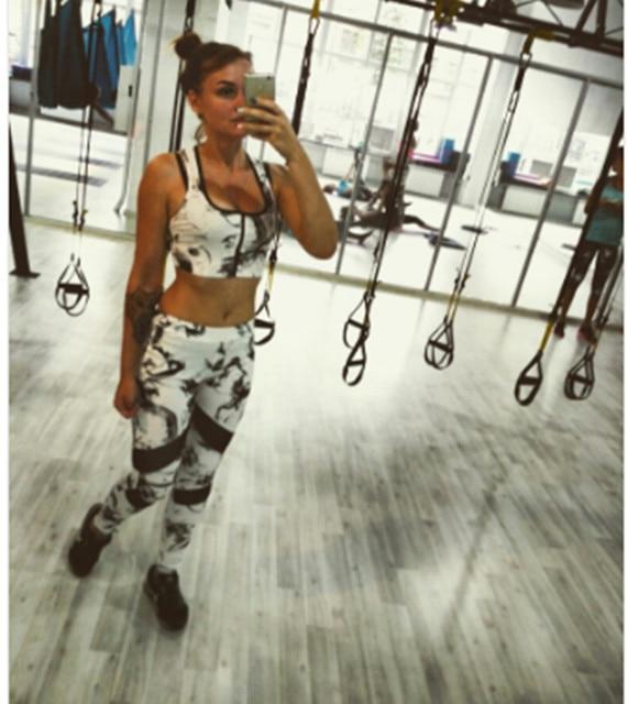 Осуществлять Набор Survetement Femme Quick Dry Спортивный Костюм Бег Одежда Женщин Костюм Фитнес Mujer Тренировки Одежда