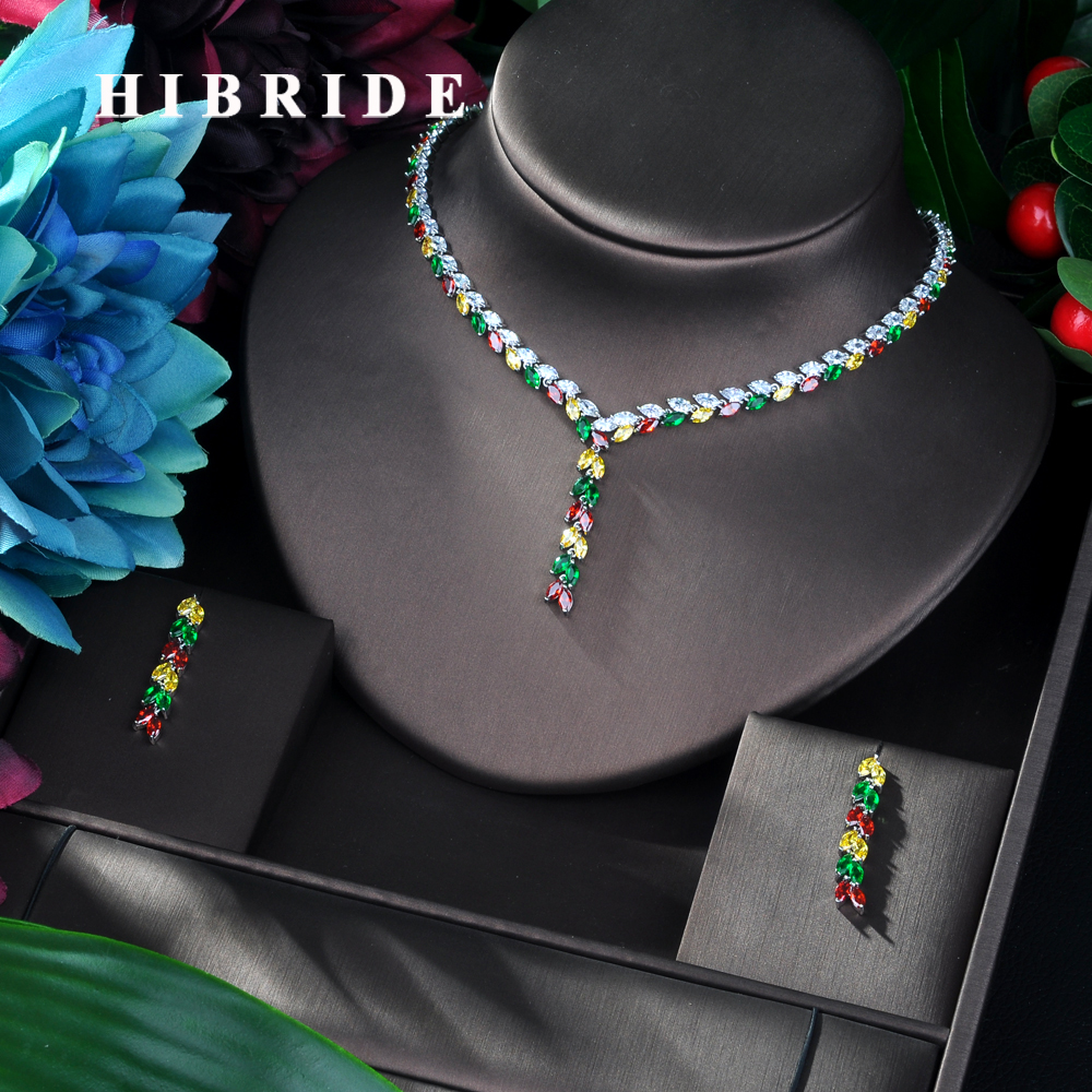 HIBRIDE Elegant Colorful Flower Shape Pendant Design High Quality for Young Woman Gift Hot Sale Zirconia