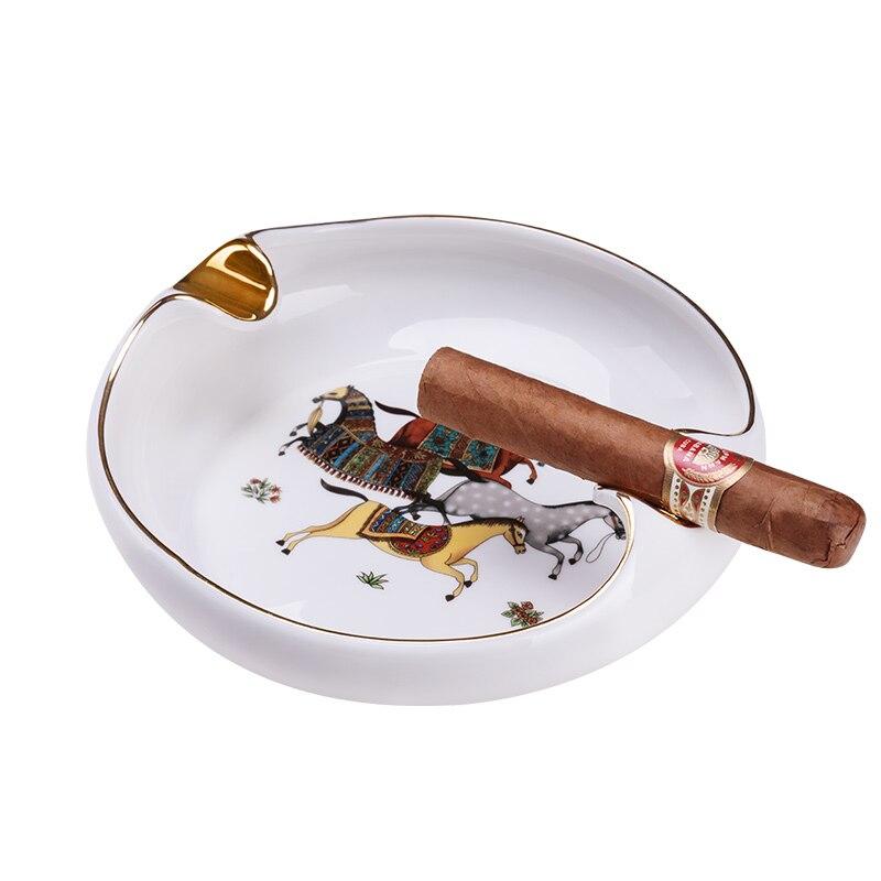 Cendrier de luxe européen pour cigare fumée Portable cendrier plateau extérieur Table bureau décorations de bureau réservoir de fumée cendrier CE-W001