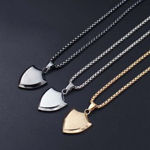 Triangle Shield Design Pendant Necklaces For Men Fashion Titanium Stainless Steel Unisex Jewelry Powerful Accessories xlct024