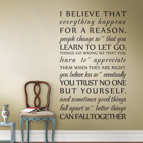 I Believe that everything happens for a reason - Marilyn Monroe Quote - Vinyl Wall Decal Home Decor Sticker 22 x36