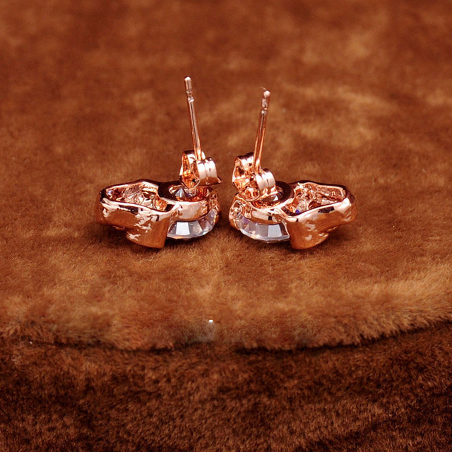 Fashion Gold Plated Skull Stud Earrings