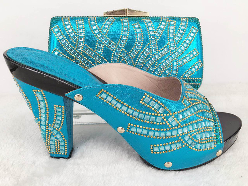ФОТО sky blue Latest African Shoes And Bag Set For Party Italian Fashion Women Sandal With Matching Bags Set With Rhinestones lu1-49