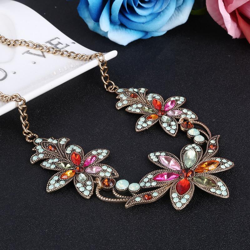 19 Fashion Designer Chain Choker Statement Necklace Women Necklace Bib Necklaces & Pendants Gold Silver Chain Vintage Jewelry 11
