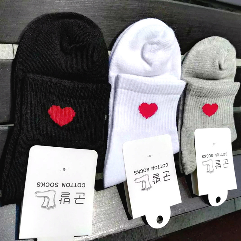 New Kawaii Cute   Socks   Women Red Heart Pattern Soft Breathable Cotton   Socks   Ankle-High Casual Comfy   Socks   Fashion Style W0045