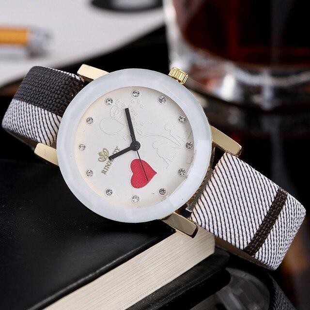 Simple Heart Woman's Watch Fashion Luxury Ladies Quartz Wristwatch Top Brand Lea