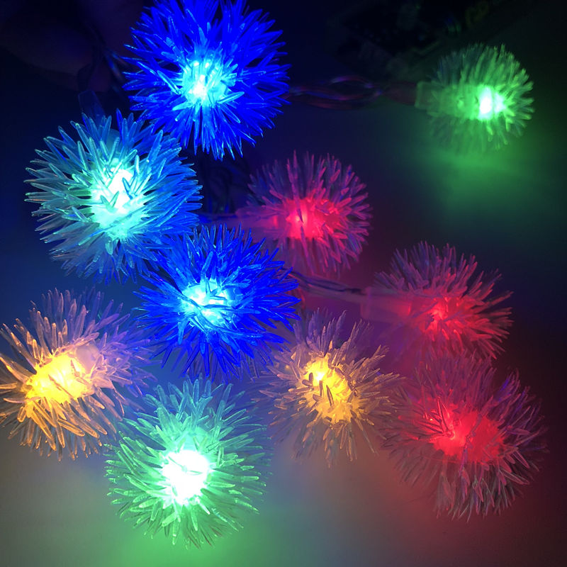 Flakes 2M 4M 10M Holiday Hairball Snowball LED String Lights AA Battery Event Party Decoration Lightings LED de Vacaciones Luces