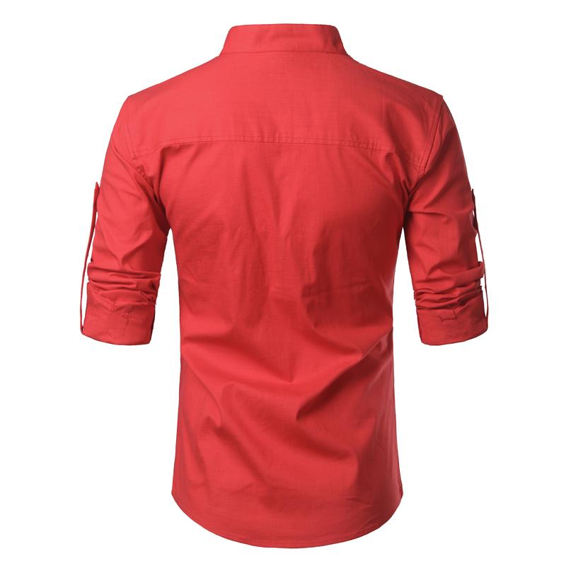 Tunique col Mao rouge écarlate, manches longues avec poche, vue de dos