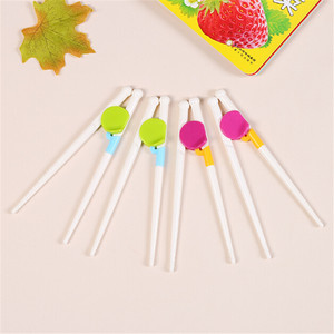 1Pair New Style Ages 2+ Children Chopsticks Kids Baby Learning Training Chopsticks For Right Hand Home Children's Products(China)