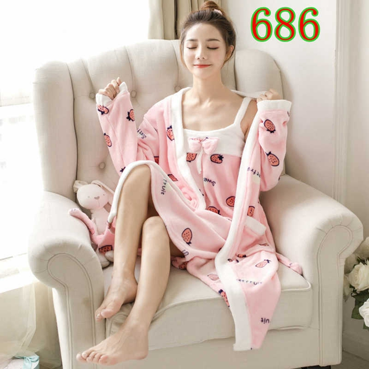 2PCS Sexy Thick Warm Flannel Robes Sets for Women 2018 Winter Coral Velvet Lingerie Night Dress Bathrobe Two Piece Set Nightgown 311