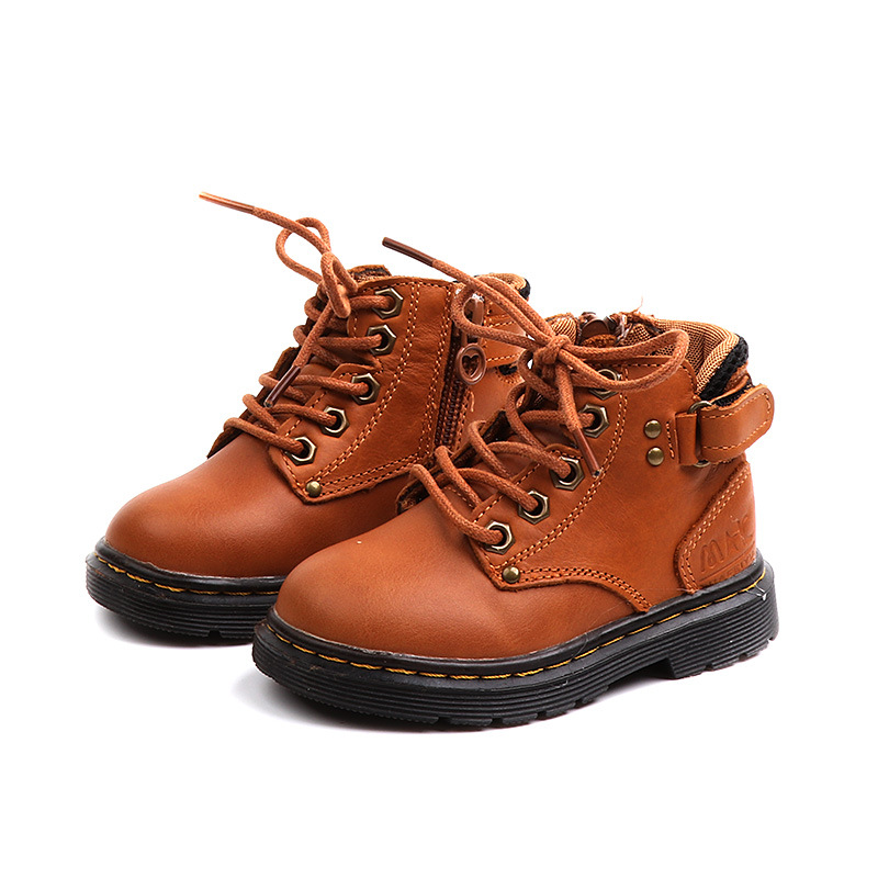 b6d6beca935 US $18.95 |2018 Autumn and Winter Children Martin Boots Baby Boy Genuine  Leather Ankle Boot Kids Flat Rubber Sole Children Waterproof Shoes-in Boots  ...