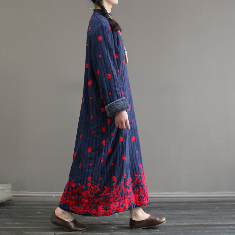 Nefeilike Plus Velvet Women Embroidery Floral Dress Vintage High Quality Robes Winter Stand Button Fleece Warm Women Cloth Dress