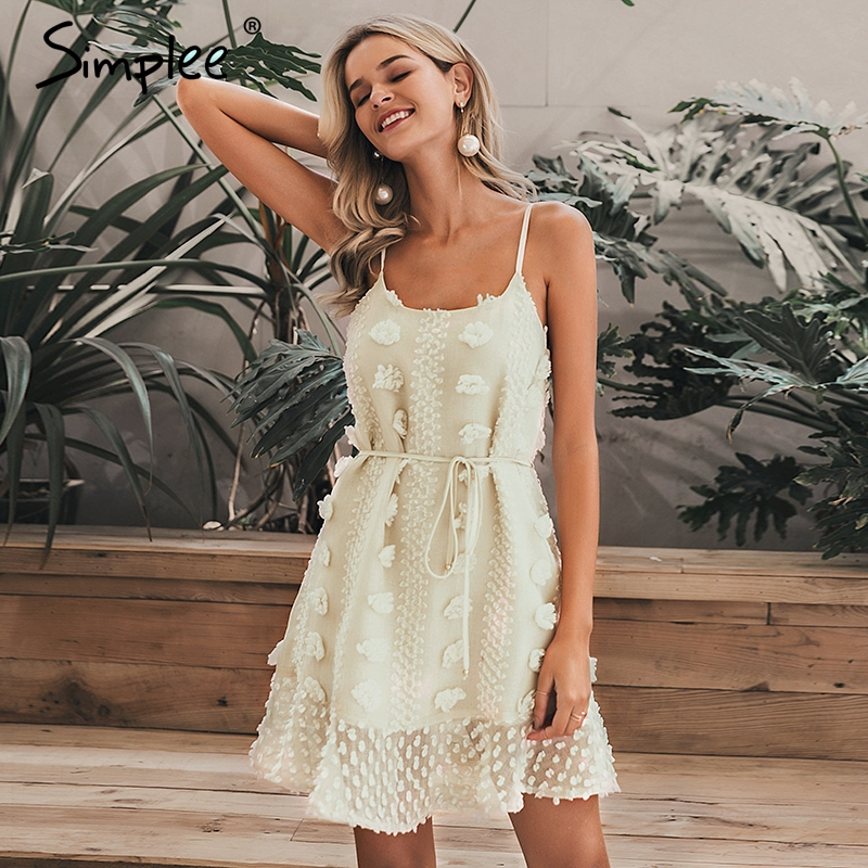 Simplee Elegant flower embroidery short dress Women sexy spaghetti strap summer sundress Female lace up short beach dress 2019