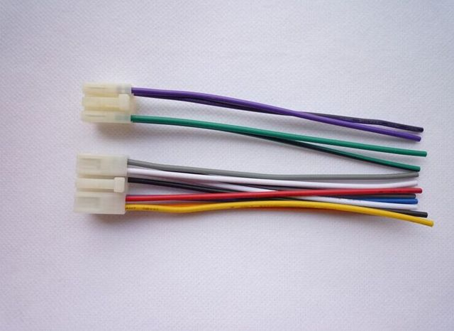 TOYOTA PLUGS INTO FACTORY RADIO CAR STEREO CD PLAYER WIRING HARNESS WIRE INSTALL_640x640 toyota plugs into factory radio car stereo cd player wiring harness