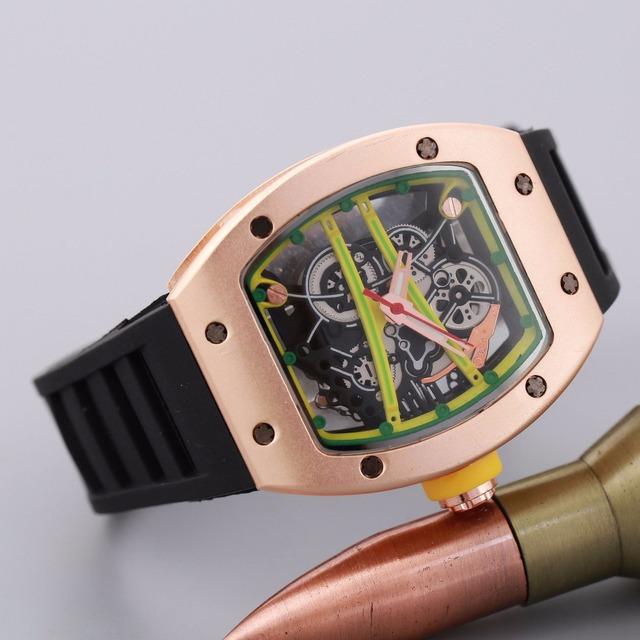 Relojes de los hombres de Nueva Marca de Lujo gel De Sílice Hueca Reloj Hombre 50 m Impermeable Sport Casual Hombres Reloj de Pulsera de Cuarzo Relogio Masculino