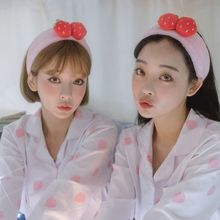 Japanese Sweet Girls Cute 3D Strawberry Fruit Headband Thicken Velvet Women SPA Makeup Hairband Cartoon Wash Face Stretch Turban
