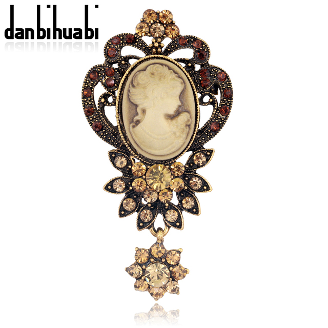 Fashion Antique Gold  Silver color Vintage Brooch Pins Female Jewelry Queen  Cameo Brooches Rhinestone For Women 43d76be54318