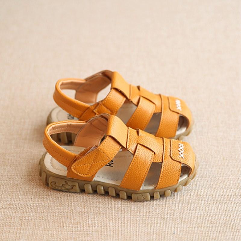 2017 nuevos zapatos de primavera verano niños sandalias de cuero suave bebés niños verano Prewalker suela suave de cuero genuino sandalias de playa