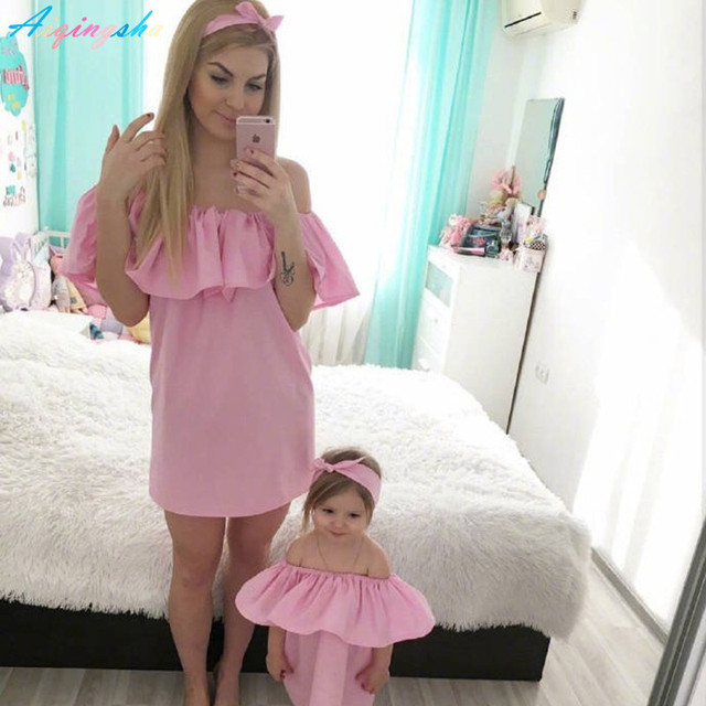 813308c4e Family Matching Outfits Women Girls Holiday Beach Dress Mother Daughter  Matching Dresses Summer Girl Dress Mommy and Me Clothes
