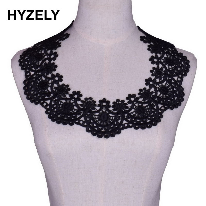 2pcs White Floral Collar V-Neck Lace Collar for Charming Sewing Applique