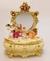 Vintage Treasures Dresser Trinket Box in Dressing Table Shaped Keepsake Box Retro Vintage Crafts Gifts for Women