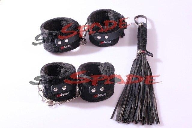 Бесплатная доставка Velvet Задержите комплект, плюшевые игрушки Для Взрослых Новизны продукта наручники кнут кожа кожа флоггер кляп с завязанными глазами