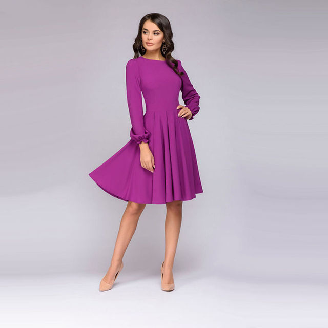 Women Vintage A-Line Dress 2018 Autumn New Fashion O-Neck Knee-Length Party Dress Office Lady Fit and Flare Long Sleeve Dresses