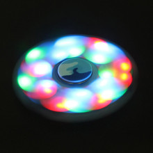 LEDมือปั่นกระพริบEDCป้องกันความเครียดอยู่ไม่สุขนิ้วของเล่นLight Upเพิ่มสมาธิสั้น