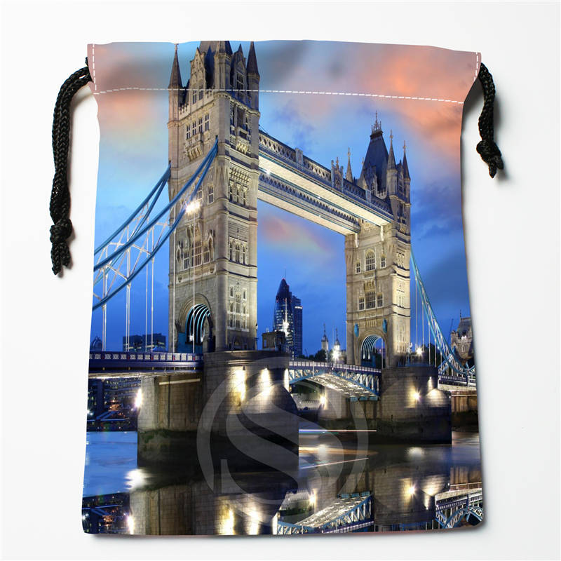 T#!o89 New City Of London UK Custom Printed  Receive Bag Compression Type Drawstring Bags Size 18X22cm 7&12ft-o89