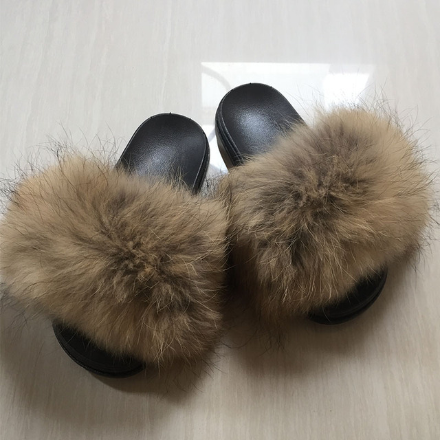 1cebef2845c1 Women Fur Slippers Autumn Winter Real Raccoon Fur Beach Sandal Shoes Fluffy  Comfy Furry Flip Flops