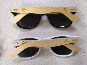 Image 3 - LongKeeper 50 יח\חבילה מותאם אישית לוגו מקוטב משקפי שמש נשים גברים עץ במבוק אמיתי עץ זרועות שמש משקפיים מראה Gafas