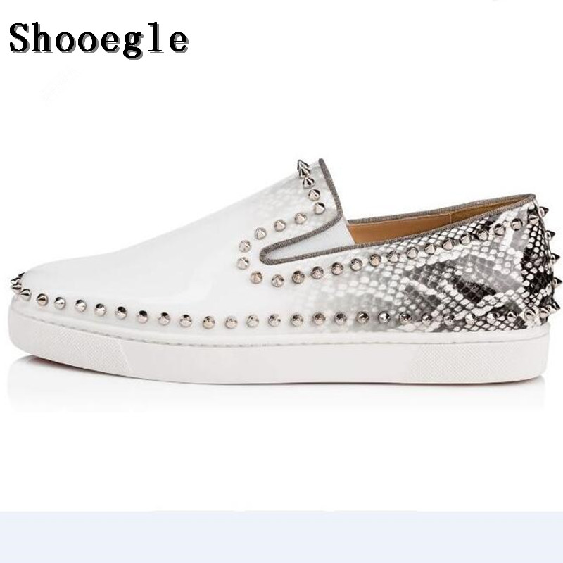 SHOOEGLE Newest White Rivets Printing Snakeskin Men Loafers Shoes Slip On Spikes Men's Flat Shoes Fashion Handmade Casual Shoes 100pcs lot 6colors 12mm round spikes fashion pop rivets stud hardware w screw for bags shoes wallets belts