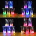 5 pçs/lote 2015 Novo plástico Colorido Coque/copos de Cerveja LED glowing óculos partido suprimentos, plástico piscar levou partido luzes copo