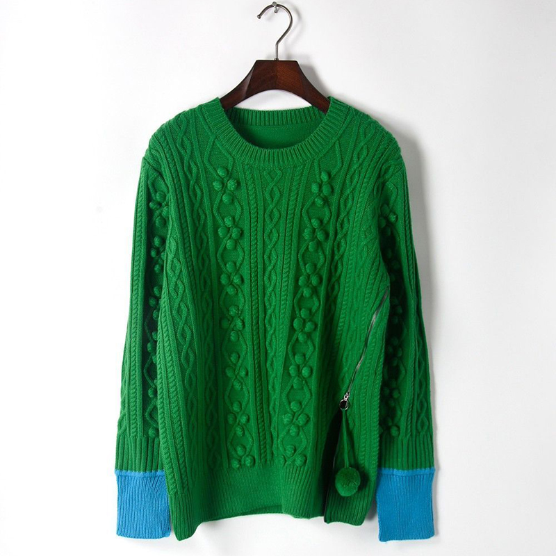 green sweater01