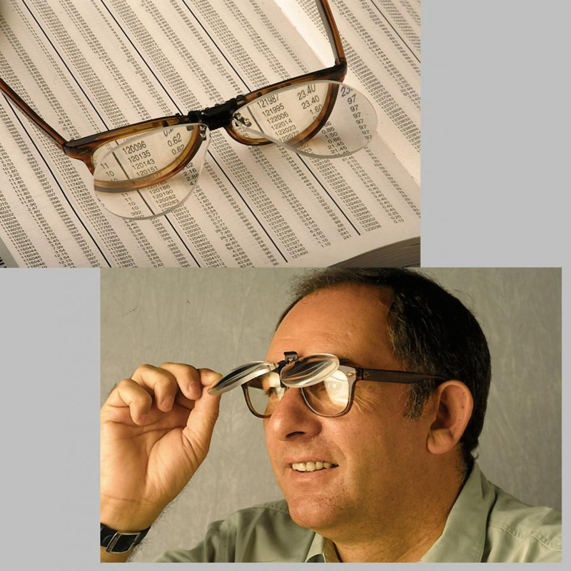 Clip on Flip up Magnifying Glass 2X Magnifying Reading Glasses Magnifiers Lenses