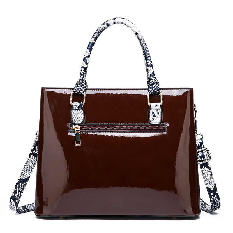 2019 lüks timsah deri çantalar kadın çanta tasarımcısı kadın omuz Crossbody çanta bayanlar yüksek kaliteli Tote Messenger C950