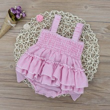 Oklady Baby Blonde Girls Striped Rompers Seersucker Bubble Straps Ruffle Layers Bowknot Romper Pink Bow Jumpsuit недорого