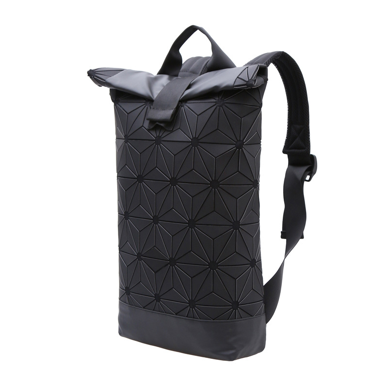Large Women Backpack Feminine Geometric Sequin Female Backpacks For Teenage Girls Bao Bao Bag Holographic Backpack Black 2017 onyx nite new black women s large l a line shimmer sequin lining skirt $59 460