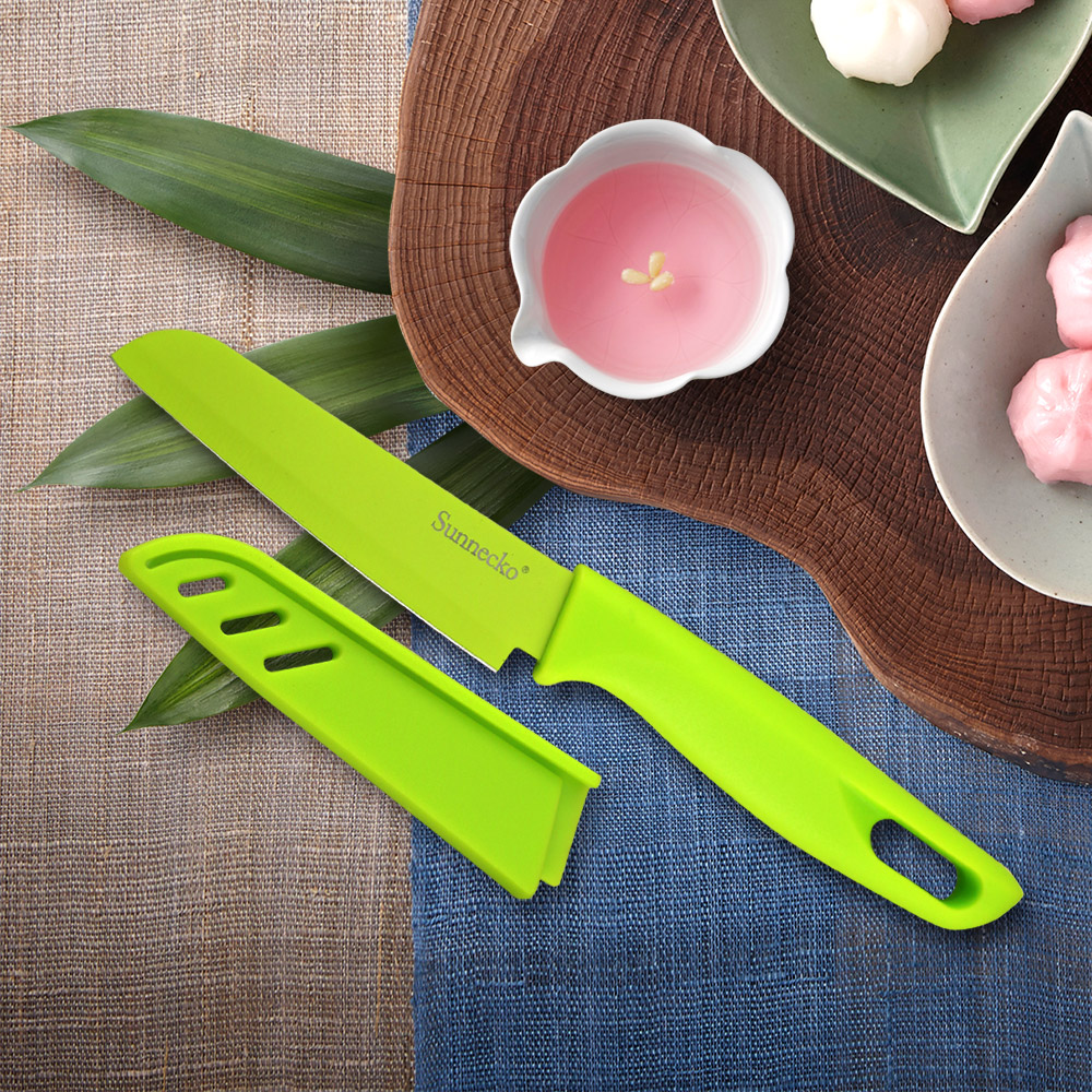 2018 New SUNNECKO 3.5'' Non stick Santoku Knife 3CR13 Kitchen Knife Multifunctional Fruit Cutter Green PP Handle Free Shipping Kitchen Knives     - title=
