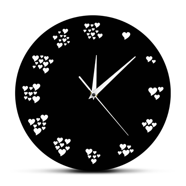 Modern Heart-Shaped Numbers Wall Clock for Home Decor