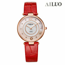 Women's Quartz Watch Fashion Leisure Complete Beautiful 30 meters Water Resistant Genuine leather strap fashion women Wristwatch