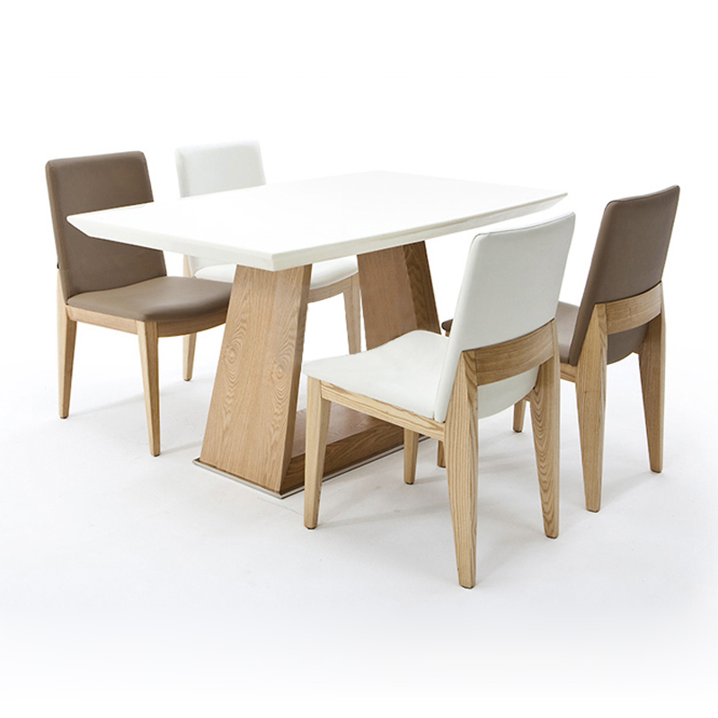 Mesas de comedor de madera modernas la imagen se est for Comedores minimalistas de madera