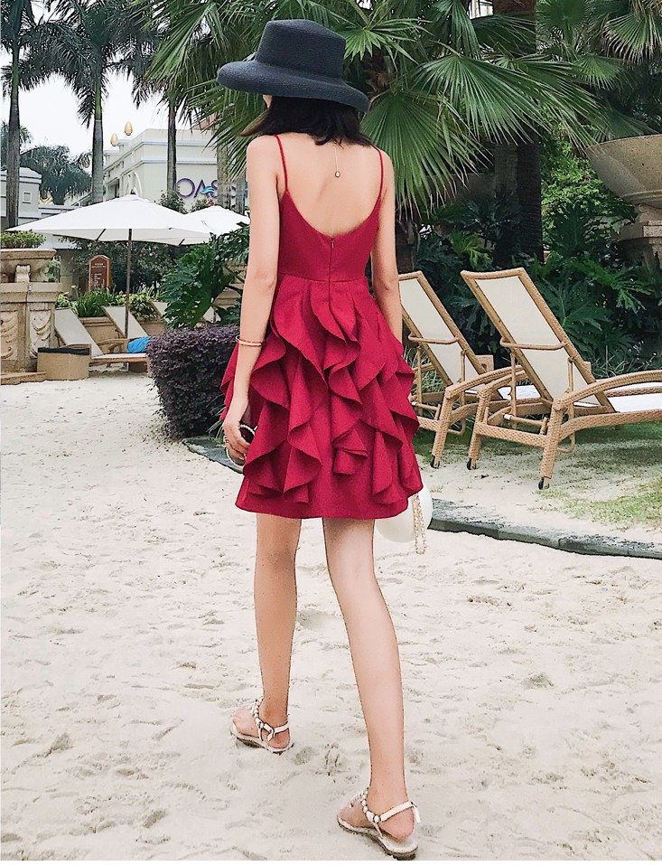 2019 New women s fashion holiday beach design red dresses ruffle girls casual summer strap sexy